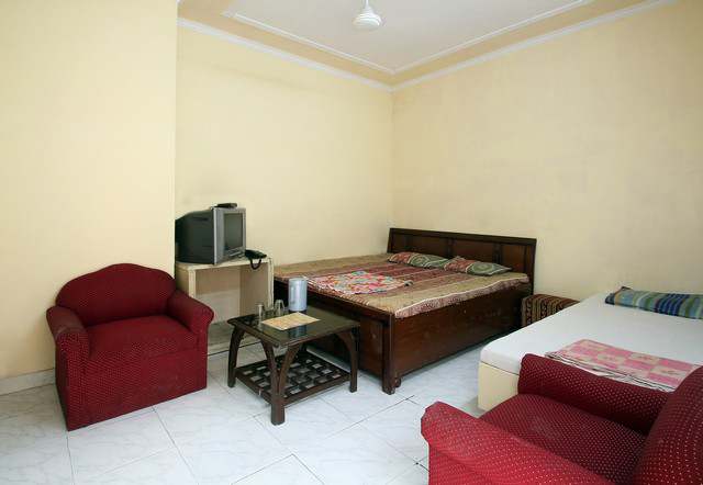 Hotel Surya42