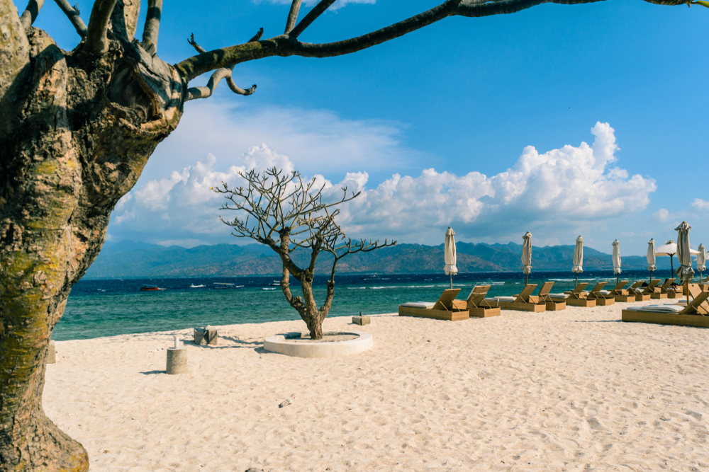 Pantai di Gili Air yang tenang
