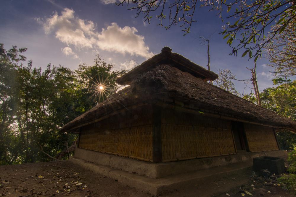 Masjid Kuno Bayan yang telah berusia tiga abad