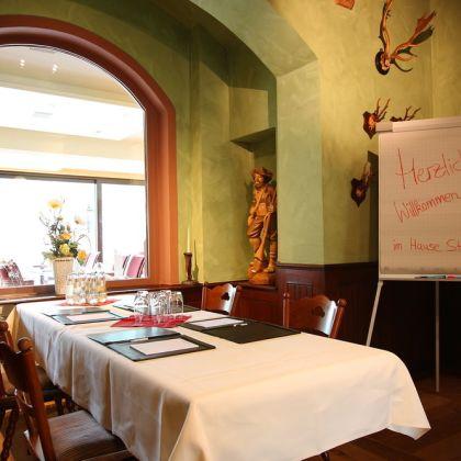 Hotel Straubs Schone Aussicht Klingenberg Am Main Deals Booking