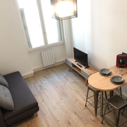 Hyper centre : Appartement Déco Atelier ou Studio Mezzanine ...