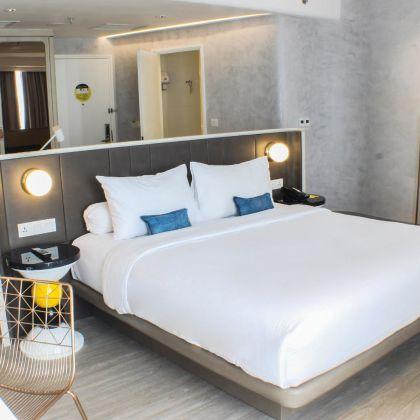Yello Hotel Harmoni Jakarta Deals Booking Wego Ae